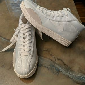NWT Tretorn white high tops